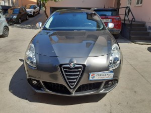 Alfa Romeo Giulietta Executive (5)