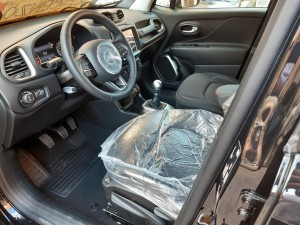 Jeep Renegade Nera Crescenzo automobili (12)