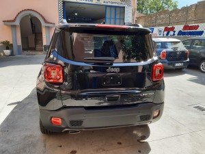 Jeep Renegade Nera Crescenzo automobili (8)