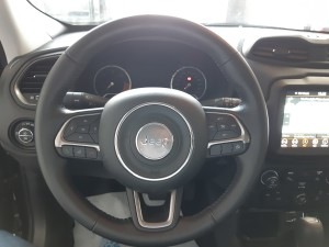 Jeep Renegade Limited nero Crescenzo Automobili (16)
