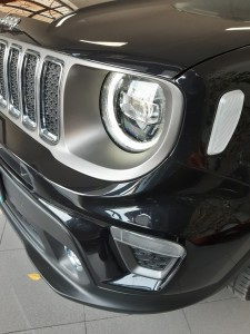 Jeep Renegade Limited nero Crescenzo Automobili (8)