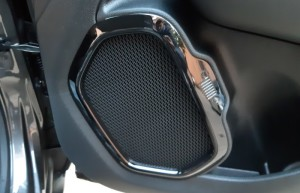 Jeep-Renegade-Granite-Crystal-Black-line- (12)